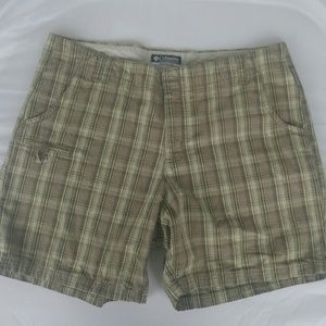Columbia Shorts Checked Green Brown Size 12